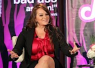 Los restos de Jenni Rivera, la &quot;Diva de la Banda&quot; que muri el domingo en un trgico accidente areo, llegaron a su ciudad natal de Long Beach (sur de Los ngeles). (GettyImages/AFP/Archivo | Frederick M. Brown)