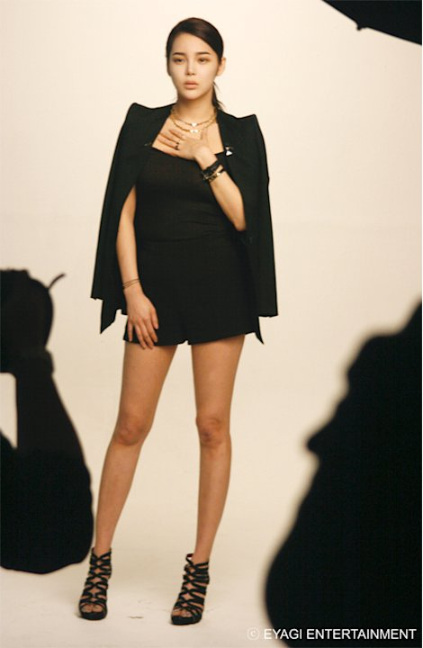 Park Si-yeon Showed Her Perfect Body