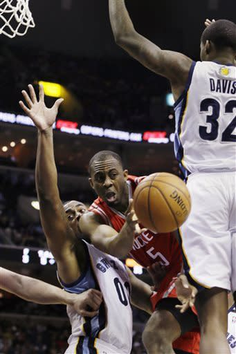 Randolph, Gasol lead Grizzlies by Rockets, 103-94