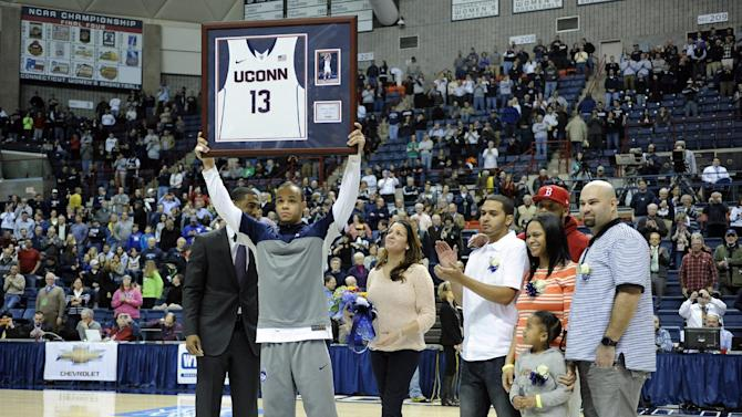 Napier leads UConn to 69-63 win over Rutgers