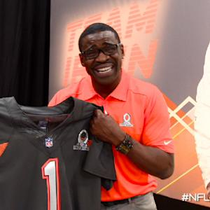 Fan Pass: Irvin, Carter show off Pro Bowl Jerseys