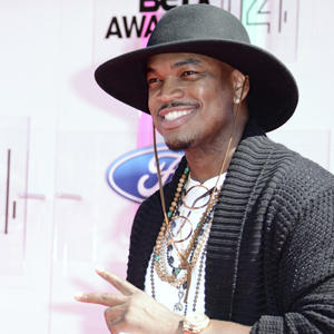 ShowBiz Minute: Ne-Yo, Sharknado, Keys