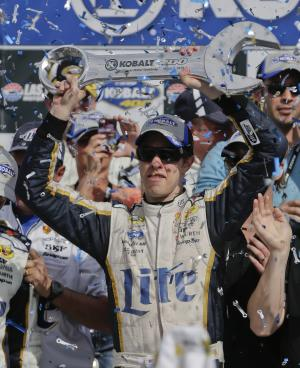 NASCAR's Chase changes lead to big finish in Vegas