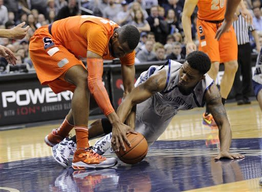 No. 5 Georgetown beats No. 17 Syracuse 61-39