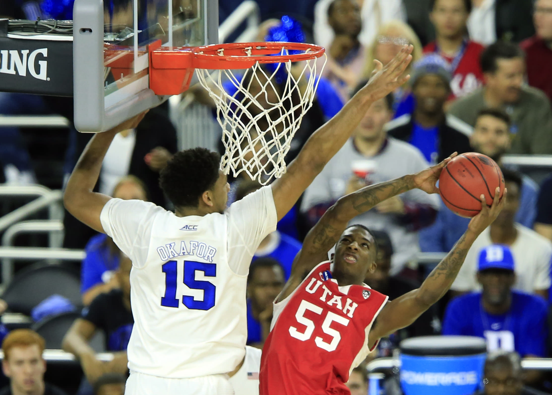 2015 March Madness South region action - Sweet 16