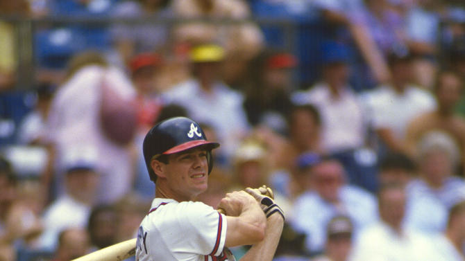 UNSPECIFIED - CIRCA 1987: Dale Murphy #3 of the Atlanta Braves bats against the Cincinnati Reds during a spring training Major League Baseball game circa 1987. Murphy played for the Braves from 1976-90. (Photo by Focus on Sport/Getty Images)
