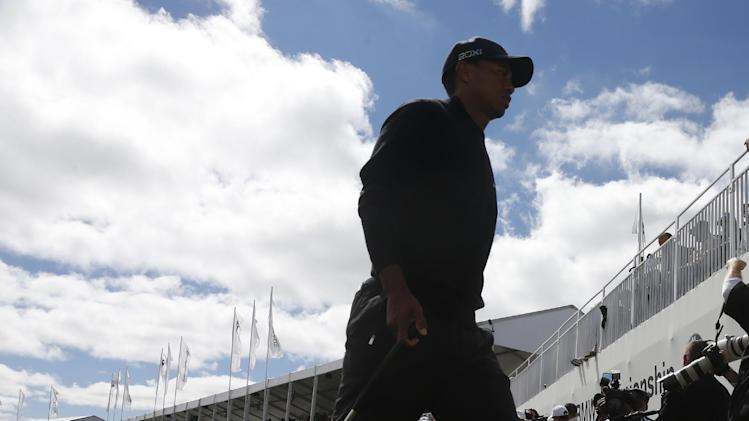 Tiger's year: 5 wins, 0 majors, 3 rules violations