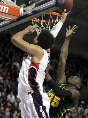 Pangos hits 7 3s to lead No. 13 Zags over Baylor