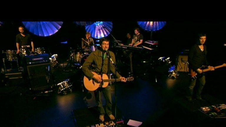 Crack The Shutters (Live on C4, 2008)
