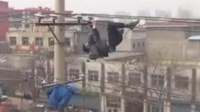 Drunk man pulls stunt on high voltage wires