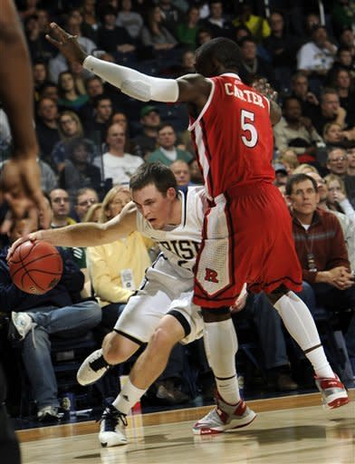 Notre Dame holds on for 69-66 win vs. Rutgers