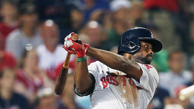 Red Sox rally with 4 runs in 7th, beat Braves 6-3