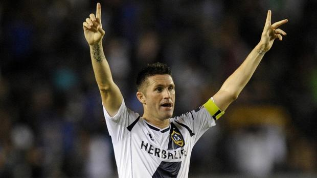"LA Galaxy captain Robbie Keane to have surgery on Achilles' tendons, plans to take ""extended break"""