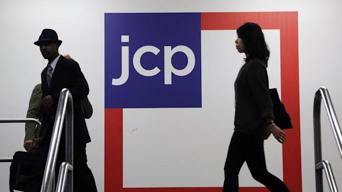 JC Penney posts narrower 2Q loss, sales rise