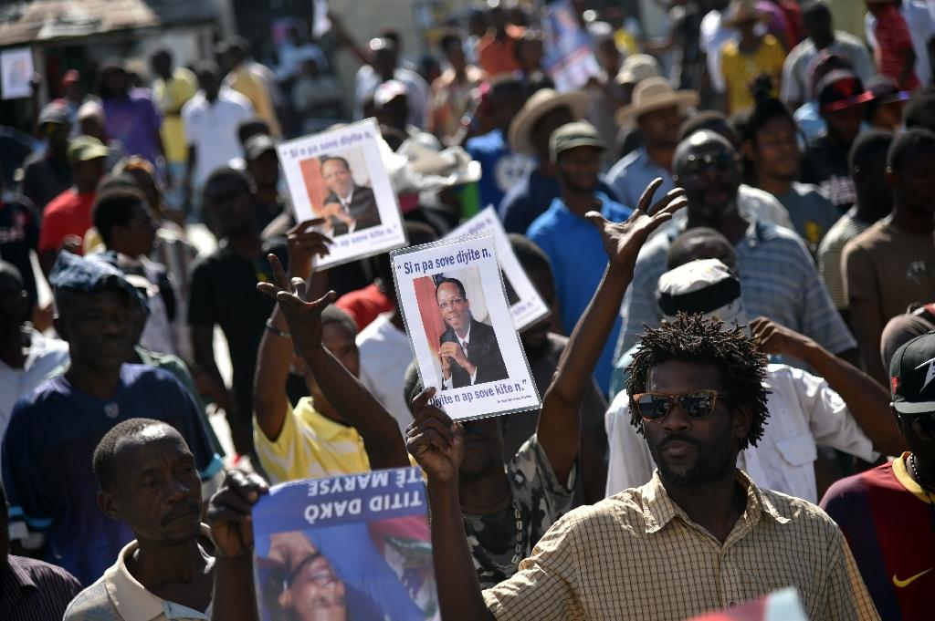 Haitian lawmakers meet to elect interim president
