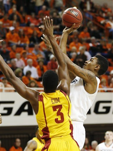 Oklahoma State edges Iowa State 78-76