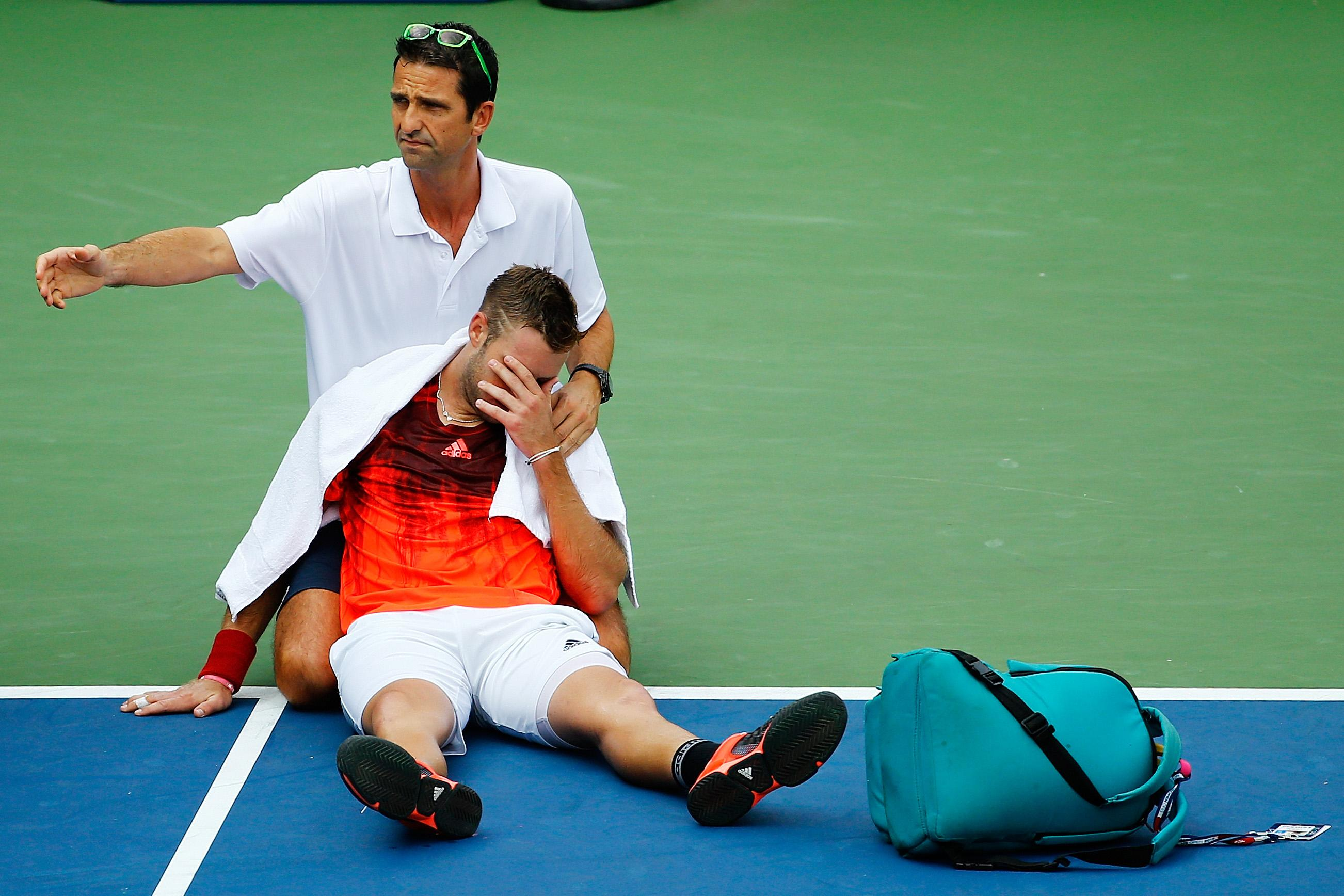 One of the best American tennis players collapsed on the court in the heat at the US Open