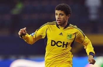 Shakhtar signs Chelsea target Taison from Metalist