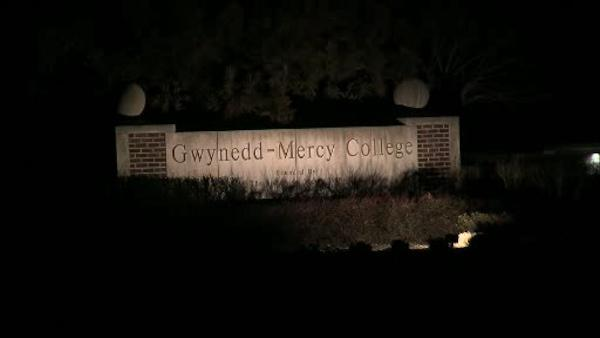 4 students injured in Gwynedd-Mercy College crash