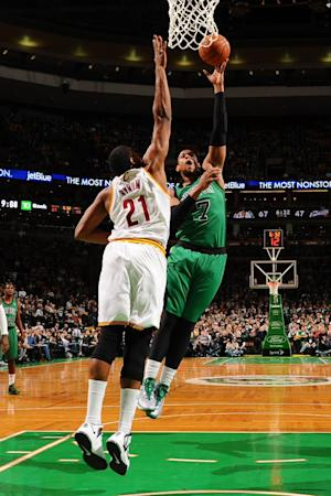 Green scores 31 to lead Celtics past Cavs, 103-86