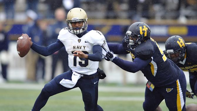 Navy QB Reynolds to make another run at Army