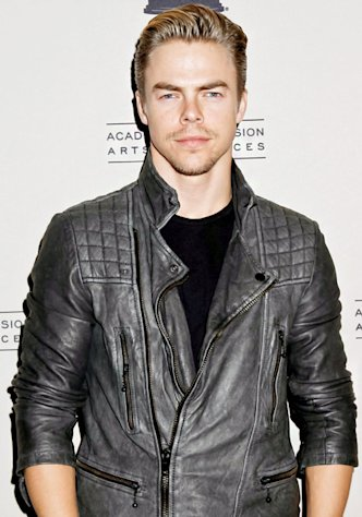 "Injured Dancing With the Stars Pro Derek Hough: I'm Going to ""Keep Going Strong"""