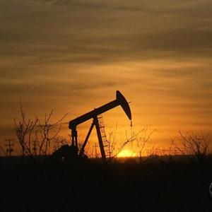 U.S. oil industry could face massive layoffs