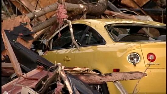 Contractor accused of defrauding Henryville tornado victims