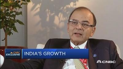 India finance chief on beating China's growth