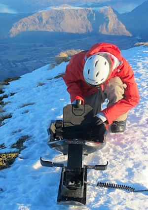 Carbon-Fiber Sled Makes You the King of the Snow Hill