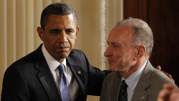 FILE - In a May 27, 2010 file photo, President Barack Obama greets Sen. Arlen Specter, D-Pa., at an event honoring Jewish American Heritage Month in the East Room of the White House in Washington.  Former U.S. Sen. Arlen Specter, longtime Senate moderate and architect of one-bullet theory in JFK death, died Sunday, Oct. 14, 2012.  He was 82. (AP Photo/Charles Dharapak, File)