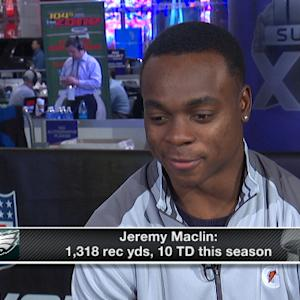 Philadelphia Eagles wide receiver Jeremy Maclin says he won't cut his hair until he signs a new deal
