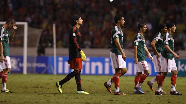 costa rica topples rival panama world qualifier