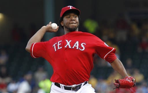Feliz wins starting debut as Rangers top M's, 1-0