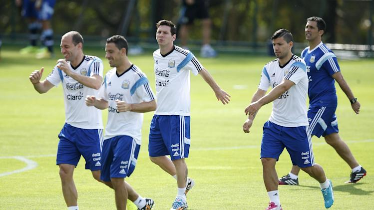 Argentina split emerging over football philosophy