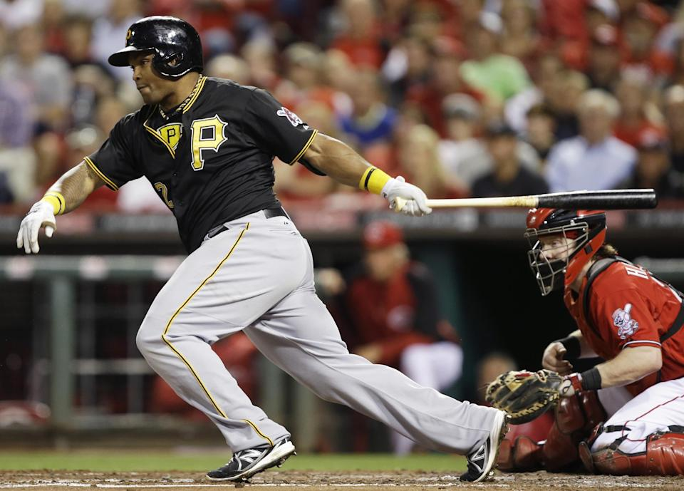 Pirates beat Reds 4-1 for leg up to host wild card