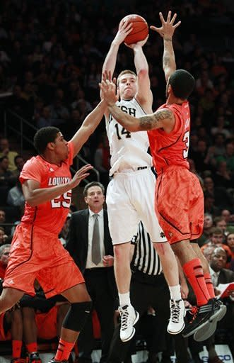 Louisville routs ND 64-50 in Big East semifinals