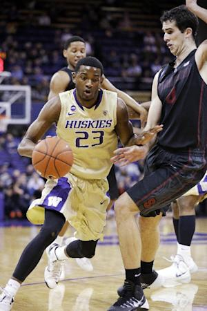 Washington squeaks past Stanford 64-60