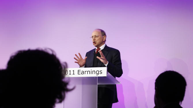 Alcatel-Lucent CEO Ben Verwaayen delivers his speech during the 2011 annual results, in Paris, Friday, Feb. 10, 2012. Telecommunications equipment maker Alcatel-Lucent said that years of cost-cutting helped it make an annual profit in 2011, its first since its trans-Atlantic merger in 2006. (AP Photo/Christophe Ena)