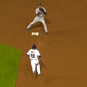 Derek Jeter fakes out Jason Kipnis on foul pop to help induce double play