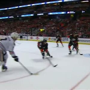 Teravainen finds Seabrook late in 2nd period