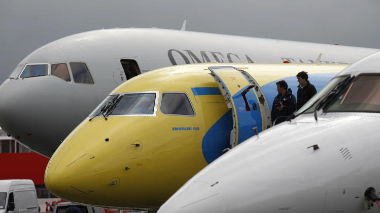 Boeing lands big at airshow with $7.2 billion deal