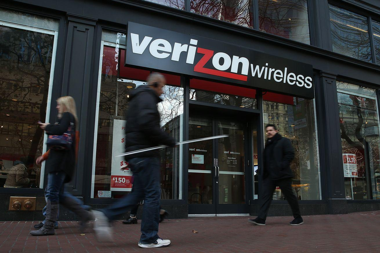 Verizon confirms that existing contract customers can still get phone upgrades