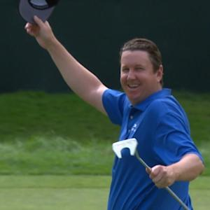 J.J. Henry holes an amazing birdie bomb on No. 18 at The Greenbrier