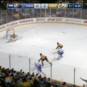 Pekka Rinne Save on Daniel Sedin (13:26/1st)