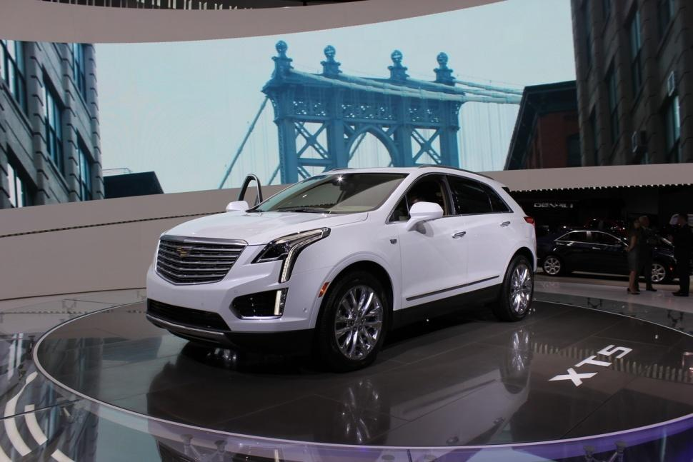 Cadillac prices its all-new XT5 crossover at $38,995