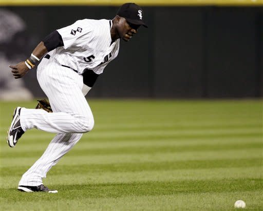 Tigers win 8-6 to move within a game of White Sox