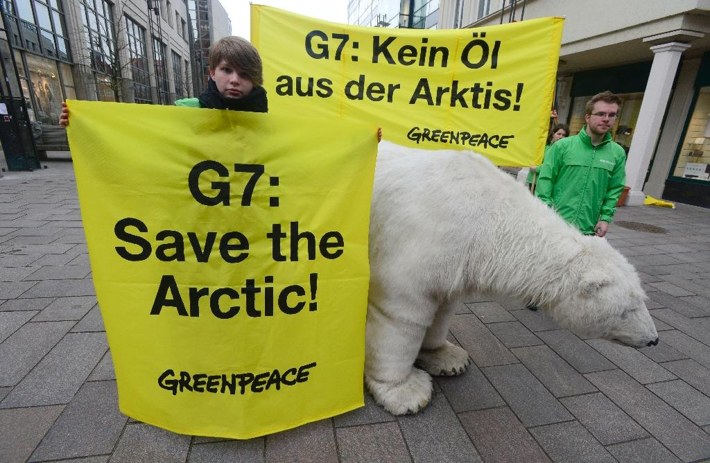 Arctic nations meet under threat of new Cold War