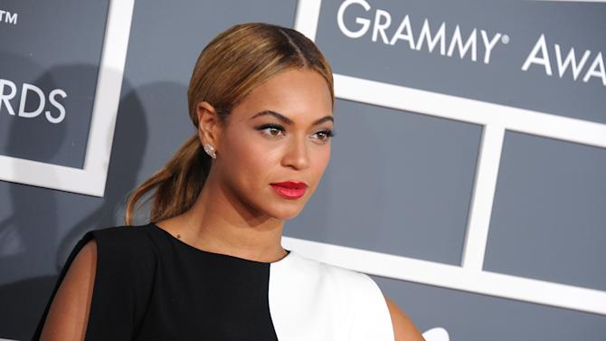 Beyonce to perform at Jay-Z's festival in Philly