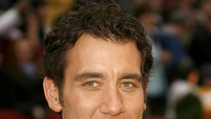 Clive Owen at The 79th Annual Academy Awards.